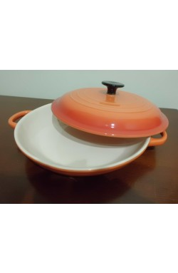 Travessa com tampa para forno e microondas na cor coral (36x12x26 cm)